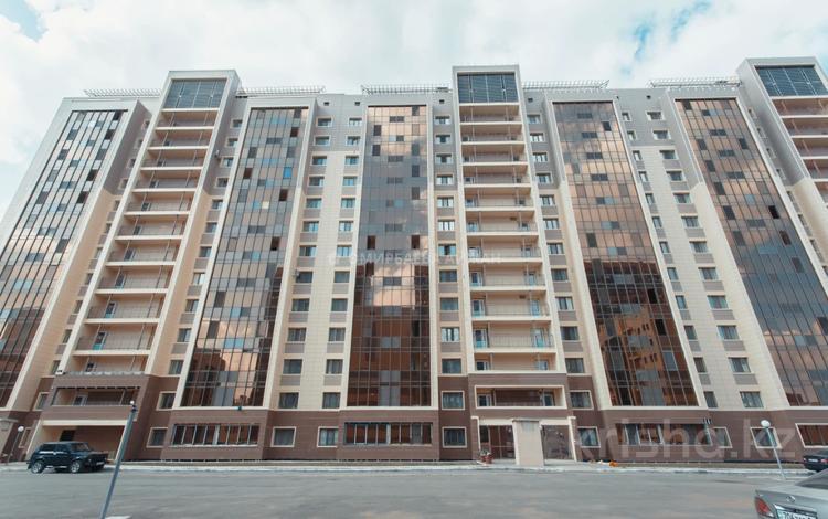 1-комнатная квартира, 37 м², Туран за ~ 13.8 млн 〒 в Нур-Султане (Астана), Есиль р-н