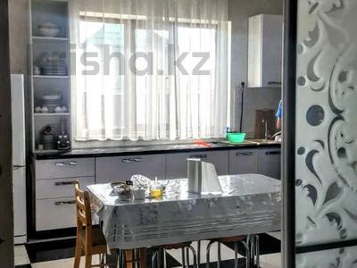 4-комнатный дом, 260 м², 8 сот., Жайнак 12 — КОЛСАЙ за 35 млн 〒 в Боралдае (Бурундай) — фото 2