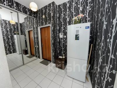 2-комнатная квартира, 75 м², 12/38 этаж посуточно, Достык 5 за 14 000 〒 в Нур-Султане (Астана), Есиль р-н — фото 7