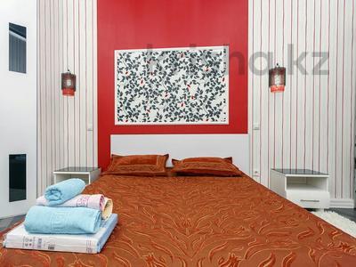 2-комнатная квартира, 75 м², 12/38 этаж посуточно, Достык 5 за 14 000 〒 в Нур-Султане (Астана), Есиль р-н — фото 2