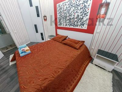 2-комнатная квартира, 75 м², 12/38 этаж посуточно, Достык 5 за 14 000 〒 в Нур-Султане (Астана), Есиль р-н — фото 3