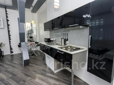 2-комнатная квартира, 75 м², 12/38 этаж посуточно, Достык 5 за 14 000 〒 в Нур-Султане (Астана), Есиль р-н — фото 13