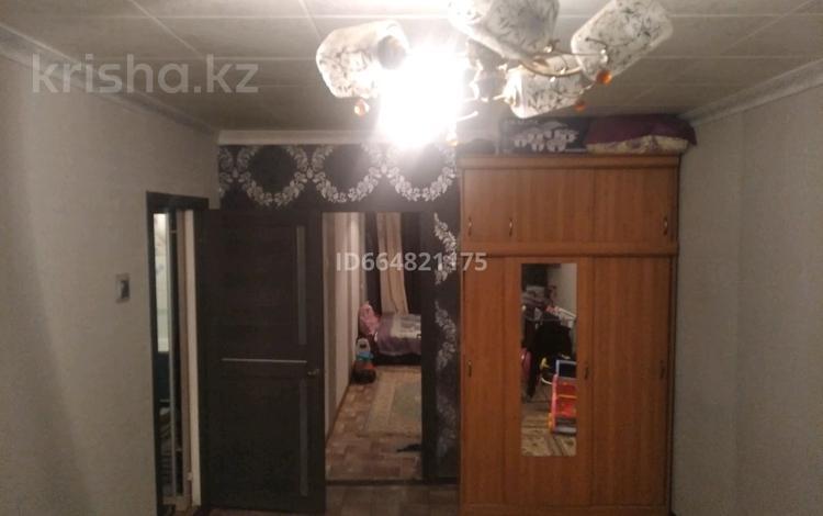 2-комнатная квартира, 43 м², 2/5 этаж, Чекалина за 7 млн 〒 в Актобе
