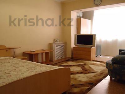 1-комнатная квартира, 32 м², 3/4 этаж посуточно, 2-й мкр 44 за 7 000 〒 в Актау, 2-й мкр — фото 2