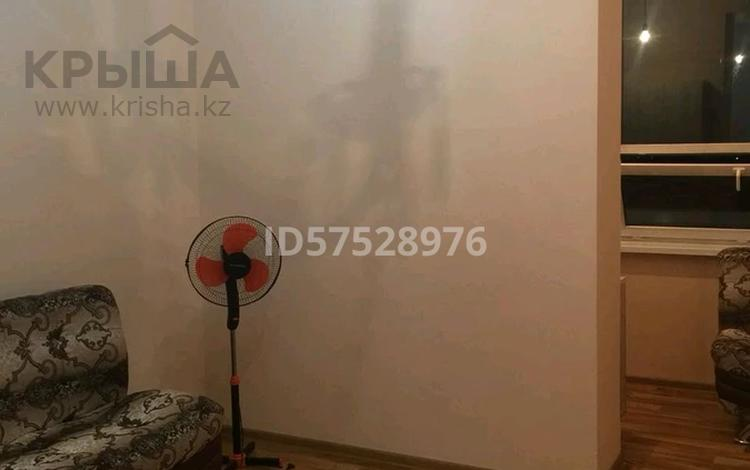 1-комнатная квартира, 30 м² помесячно, мкр Аксай-3А, Мкр Аксай-3А 30а — Яссауи за 100 000 〒 в Алматы, Ауэзовский р-н