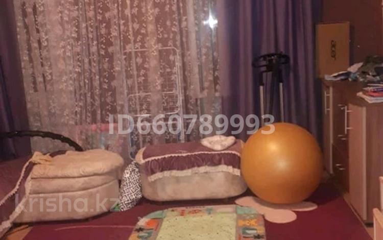 2-комнатная квартира, 56 м², 3/3 этаж, Казахстанская 1 за 8 млн 〒 в Темиртау