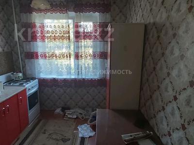 3-комнатная квартира, 61 м², 3/5 этаж, Акбулак 13 за 12.6 млн 〒 в Таразе