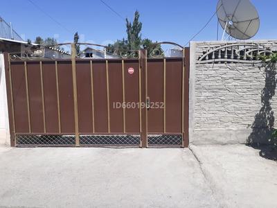 9-комнатный дом, 150 м², 13 сот., Рыночная 62 за 45 млн 〒 в Таразе