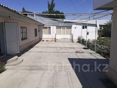 9-комнатный дом, 150 м², 13 сот., Рыночная 62 за 45 млн 〒 в Таразе — фото 2