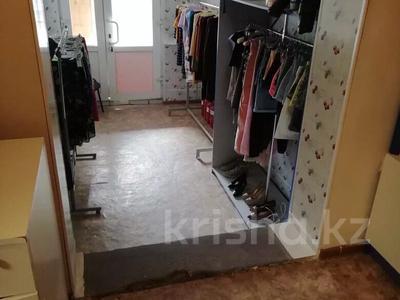 Магазин площадью 40 м², Курмангазы 102 — Масина за 11 млн 〒 в Уральске — фото 8
