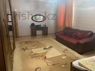 3-комнатная квартира, 115 м², 6/9 этаж помесячно, Сатпаева 29 за 170 000 〒 в Атырау — фото 11