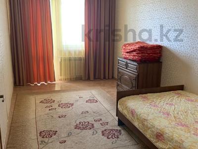 3-комнатная квартира, 115 м², 6/9 этаж помесячно, Сатпаева 29 за 170 000 〒 в Атырау — фото 4