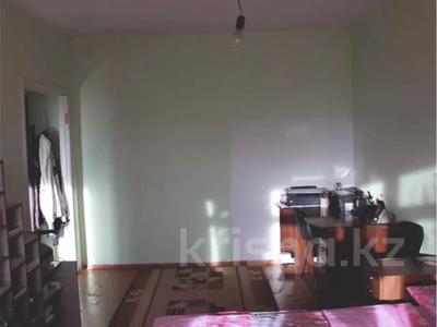 1-комнатная квартира, 39 м², 3/5 этаж, мкр Жулдыз-2 46 за 10 млн 〒 в Алматы, Турксибский р-н — фото 3