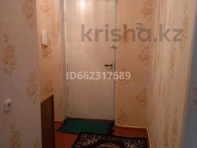 1-комнатная квартира, 40 м², 6/9 этаж помесячно, Ломова 30 — Сатпаева за 60 000 〒 в Павлодаре — фото 4