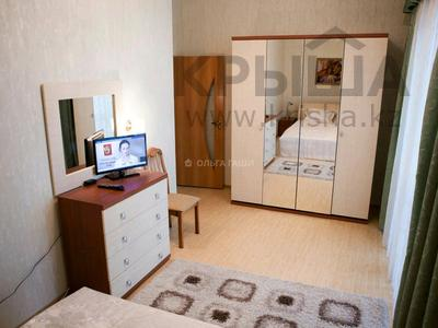 2-комнатная квартира, 90 м², 8/42 этаж помесячно, Желтоксан 2 за 230 000 〒 в Нур-Султане (Астана), Сарыарка р-н — фото 4
