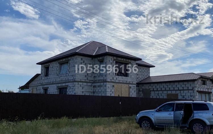 8-комнатный дом, 300 м², 12 сот., Кызылжар 3 963 за 15 млн 〒