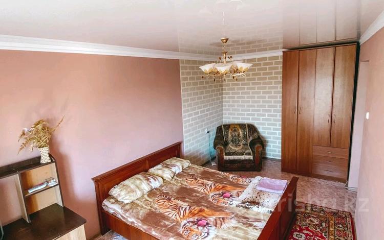 1-комнатная квартира, 33 м², 4/5 этаж посуточно, улица Ердена за 6 000 〒 в Сатпаев