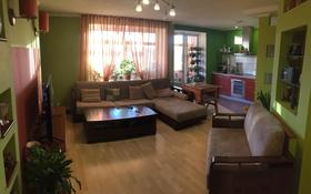 2-комнатная квартира, 52.1 м², 6/9 этаж, Славского 20 за 24 млн 〒 в Усть-Каменогорске