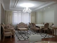 5-комнатная квартира, 188 м², 15 этаж помесячно