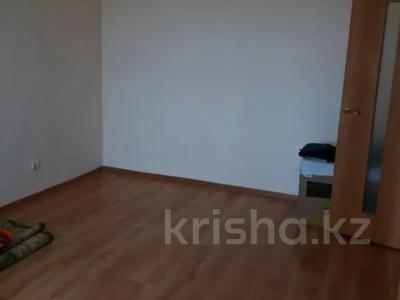 1-комнатная квартира, 38 м², 7/12 этаж, Ахмета Жубанова 10А за 12.5 млн 〒 в Нур-Султане (Астана), Алматы р-н — фото 6