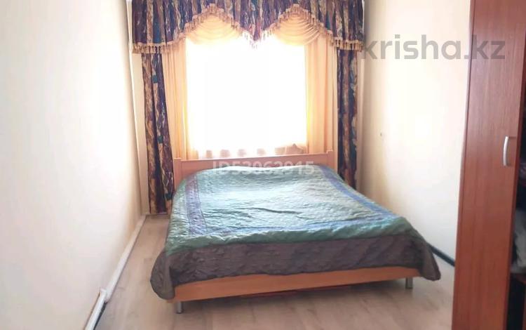 9-комнатный дом посуточно, 320 м², Тлендиева 7 — Бабатайулы за 50 000 〒 в Нур-Султане (Астана), Сарыарка р-н