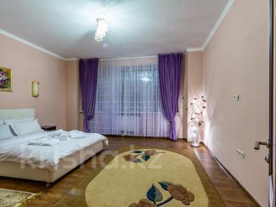 3-комнатная квартира, 160 м², 14/27 этаж посуточно, Аль-Фараби 7к5А — Козыбаева за 40 000 〒 в Алматы — фото 17