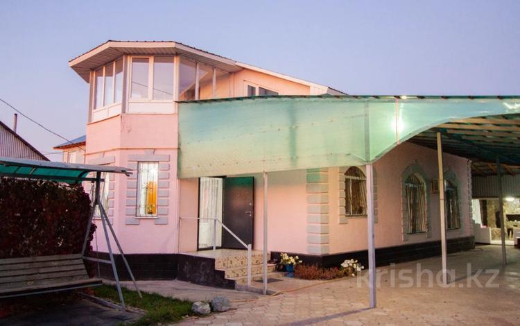 5-комнатный дом, 212 м², 6 сот., Сырттанова 43 за 40 млн 〒 в Талдыкоргане