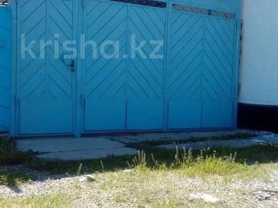 6-комнатный дом, 100 м², 10 сот., ул. Толе би за 12 млн 〒 в Таразе — фото 8