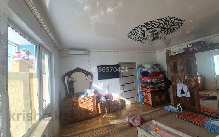 1-комнатная квартира, 46 м², 2 этаж, мкр. Алмагуль за 10.5 млн 〒 в Атырау, мкр. Алмагуль