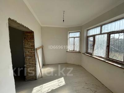 6-комнатный дом, 250 м², 16 сот., мкр Туран 2040 за 51.5 млн 〒 в Шымкенте, Каратауский р-н