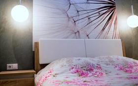 2-комнатная квартира, 81 м², 25/28 этаж посуточно, Байтурсынова 1 — Тауелсыздык за 15 000 〒 в Нур-Султане (Астана)