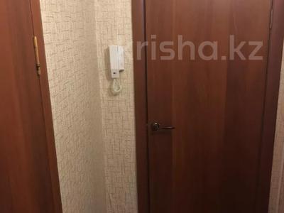 2-комнатная квартира, 46 м², 3/5 этаж, 13-й микрорайон 32 за 7.5 млн 〒 в Караганде, Октябрьский р-н — фото 2