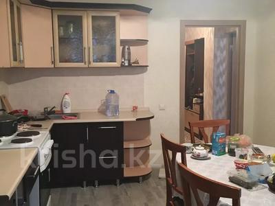 1-комнатная квартира, 56 м², 3/16 этаж, Иманова 26 — Уалиxанова за 18 млн 〒 в Нур-Султане (Астана), р-н Байконур