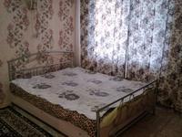 1-комнатная квартира, 30 м², 1/5 этаж на длительный срок, Набережная Славского за 65 000 〒 в Усть-Каменогорске