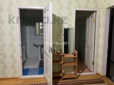 1-комнатная квартира, 80 м², 8/8 этаж помесячно, Алтын Ауыл 5 за 80 000 〒 в Каскелене — фото 3