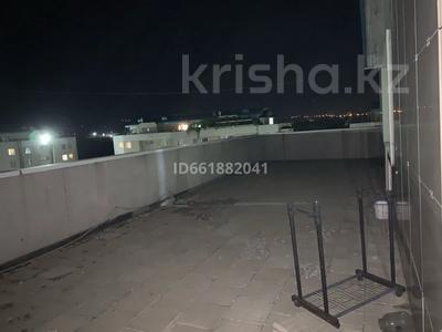 1-комнатная квартира, 80 м², 8/8 этаж помесячно, Алтын Ауыл 5 за 80 000 〒 в Каскелене — фото 5