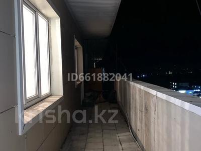 1-комнатная квартира, 80 м², 8/8 этаж помесячно, Алтын Ауыл 5 за 80 000 〒 в Каскелене — фото 6