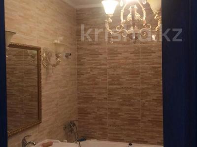 3-комнатная квартира, 130 м², 10/10 этаж, Байтурсынова за 50 млн 〒 в Нур-Султане (Астана), Алматы р-н — фото 11