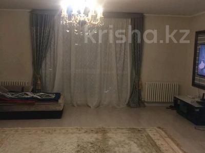 3-комнатная квартира, 130 м², 10/10 этаж, Байтурсынова за 50 млн 〒 в Нур-Султане (Астана), Алматы р-н — фото 4