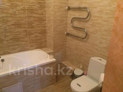 3-комнатная квартира, 130 м², 10/10 этаж, Байтурсынова за 50 млн 〒 в Нур-Султане (Астана), Алматы р-н — фото 9