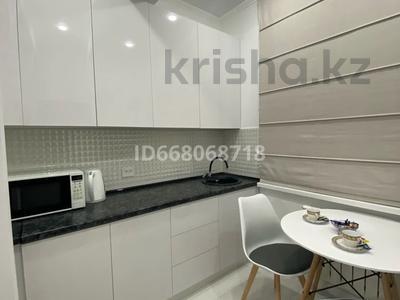 2-комнатная квартира, 48 м², 3/9 этаж посуточно, мкр Алмагуль 244 за 16 000 〒 в Алматы, Бостандыкский р-н