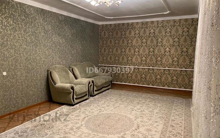 4-комнатный дом, 120 м², 10 сот., Кеменгерулы 50 за 20 млн 〒 в Нур-Султане (Астане), р-н Байконур