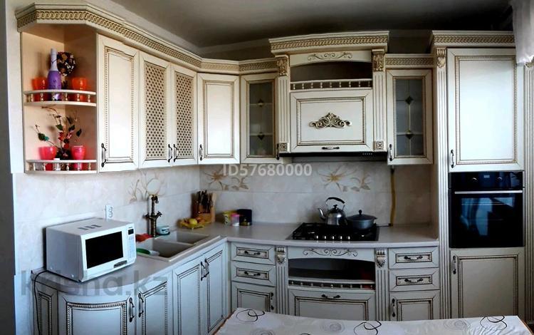 4-комнатная квартира, 107 м², 5/5 этаж, Астана 1 — Толе би за 30 млн 〒 в Таразе