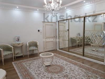 2-комнатная квартира, 117.6 м², 9/9 этаж, Сактагана Баишева 7Ак4 за 39 млн 〒 в Актобе — фото 11
