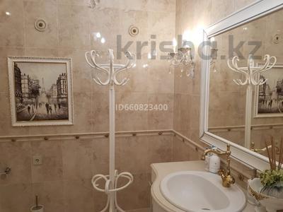 2-комнатная квартира, 117.6 м², 9/9 этаж, Сактагана Баишева 7Ак4 за 39 млн 〒 в Актобе — фото 25