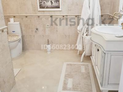 2-комнатная квартира, 117.6 м², 9/9 этаж, Сактагана Баишева 7Ак4 за 39 млн 〒 в Актобе — фото 26
