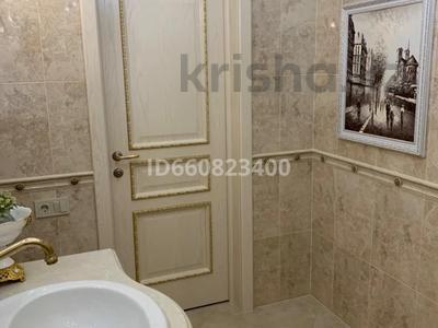 2-комнатная квартира, 117.6 м², 9/9 этаж, Сактагана Баишева 7Ак4 за 39 млн 〒 в Актобе — фото 27