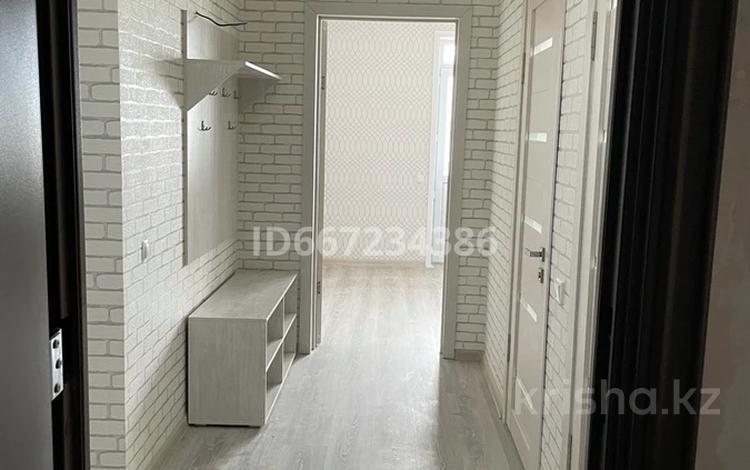 3-комнатная квартира, 88.8 м², 3/10 этаж, мкр Городской Аэропорт 1/2 за 30 млн 〒 в Караганде, Казыбек би р-н