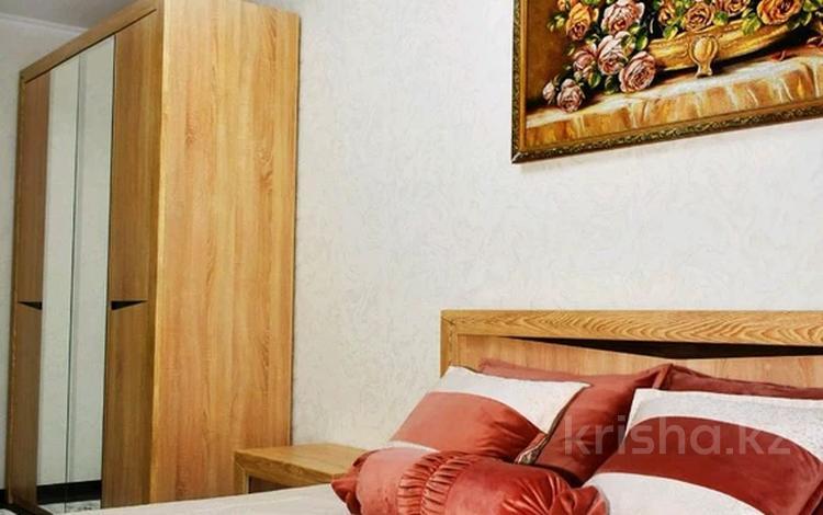 2-комнатная квартира, 45 м², 3/5 этаж, Баян сулу — Байтурсынова за 19 млн 〒 в Шымкенте, Аль-Фарабийский р-н