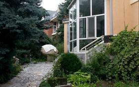 5-комнатный дом помесячно, 424 м², 12 сот., мкр Ремизовка за 420 000 〒 в Алматы, Бостандыкский р-н